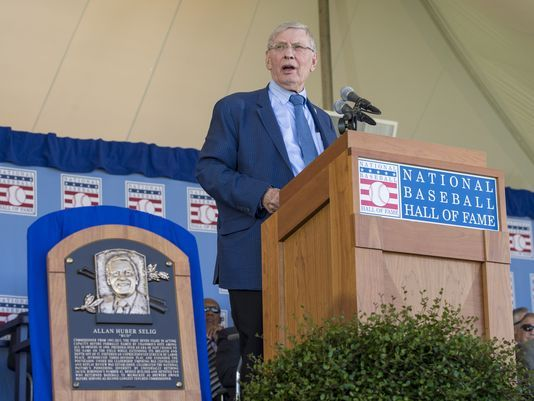 Bud Selig makes his acceptance speech at Clark Sports Center.