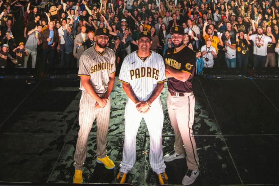 San Diego Union-Tribune: Padres show off new brown uniforms